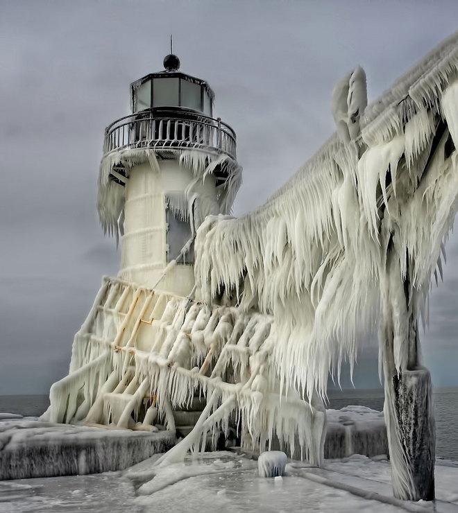 Vẻ đẹp lạnh giá của băng tuyết 8-141711