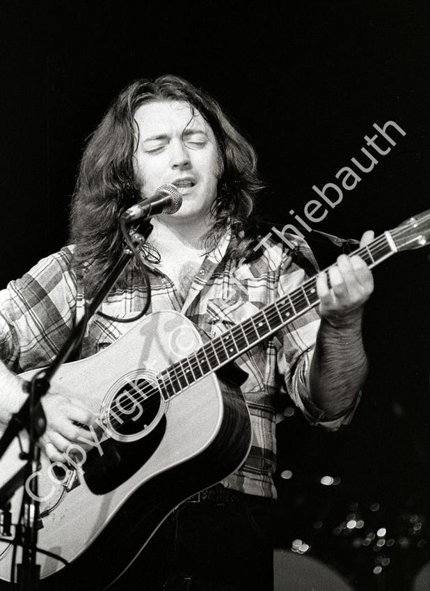 Guitares acoustiques - Page 9 Captur10