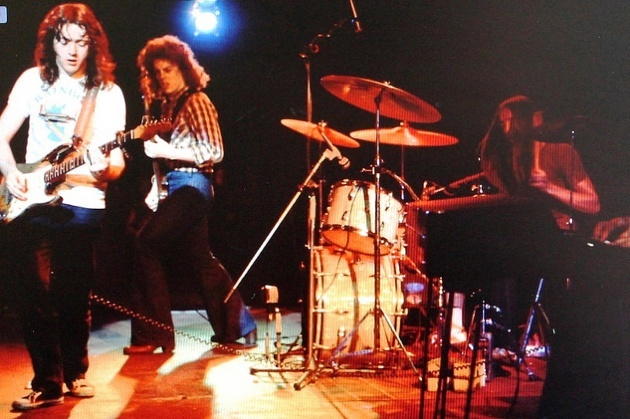 Rory Gallagher Band Mk 2 (1972-1978) - le quartette - Page 4 Image_23