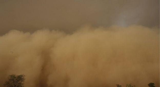 Tempête de sable dans la région de New Delhi : 14 morts Tempet11