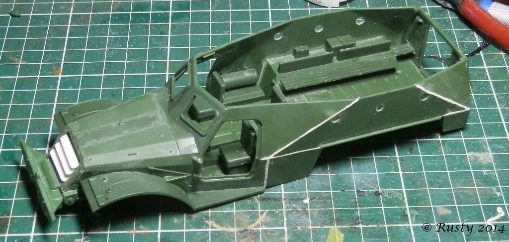 BTR-152K [1/35 SKIF] - Page 2 P8160310