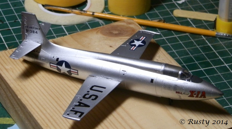 Breaking twice the sound barrier - Bell X-1A [1/72 Special Hobby] P8160313
