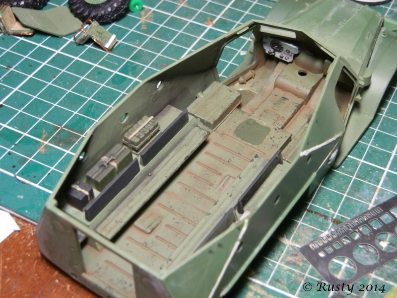 BTR-152K [1/35 SKIF] - Page 2 P8180313