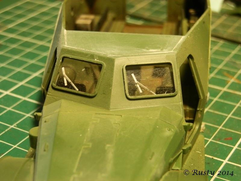 BTR-152K [1/35 SKIF] - Page 2 P8180315
