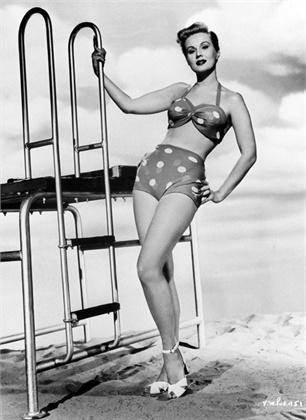 Quand les romaines étaient en bikini. 1950-c10