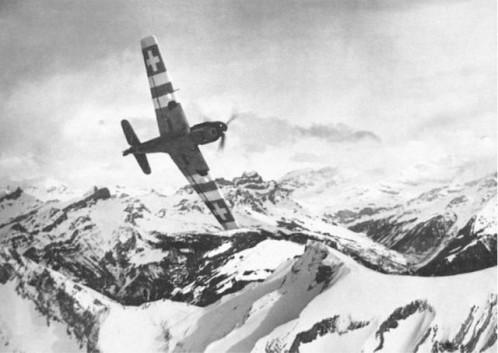 Quand les Me Bf 109 suisses abattaient les Me 110 allemands... Messer10