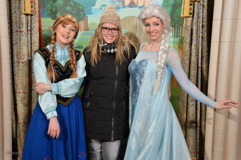 Princess Pavilion avec Anna et Elsa - Page 4 13031510