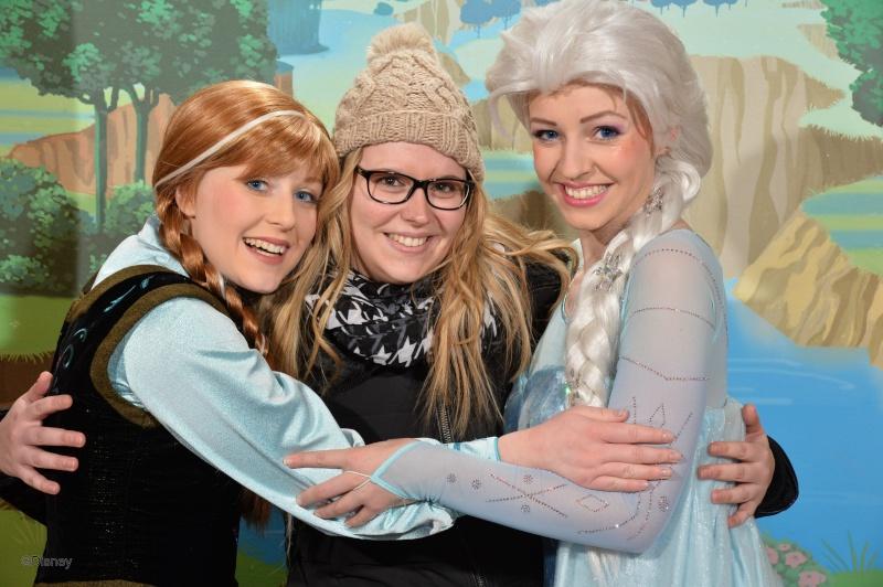 Princess Pavilion avec Anna et Elsa - Page 4 13031511