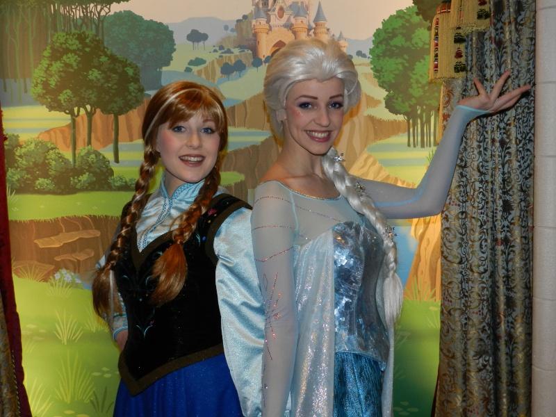 Princess Pavilion avec Anna et Elsa - Page 4 Dscn4310