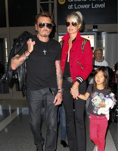 Johnny à l'aéroport de Los Angeles le 14 oct 2014 Captu182