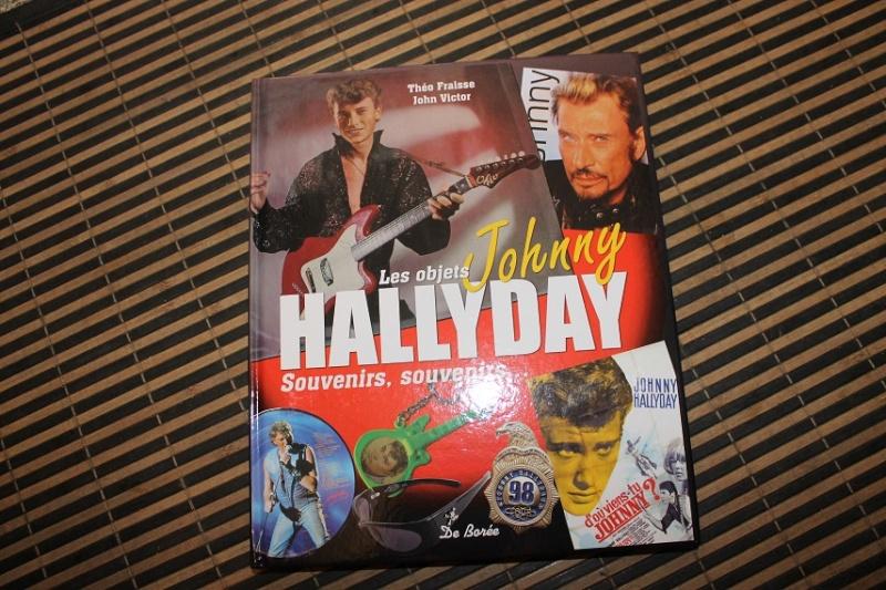 [livre] Les objets Johnny Hallyday Souvenirs souvenirs.. Img_5310
