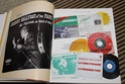 [livre] Les objets Johnny Hallyday Souvenirs souvenirs.. Img_5326