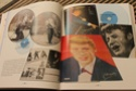 [livre] Les objets Johnny Hallyday Souvenirs souvenirs.. Img_5426