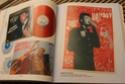[livre] Les objets Johnny Hallyday Souvenirs souvenirs.. Img_5427