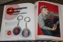 [livre] Les objets Johnny Hallyday Souvenirs souvenirs.. Img_5477