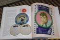 [livre] Les objets Johnny Hallyday Souvenirs souvenirs.. Img_5479