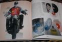 [livre] Les objets Johnny Hallyday Souvenirs souvenirs.. Img_5485