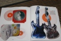[livre] Les objets Johnny Hallyday Souvenirs souvenirs.. Img_5499