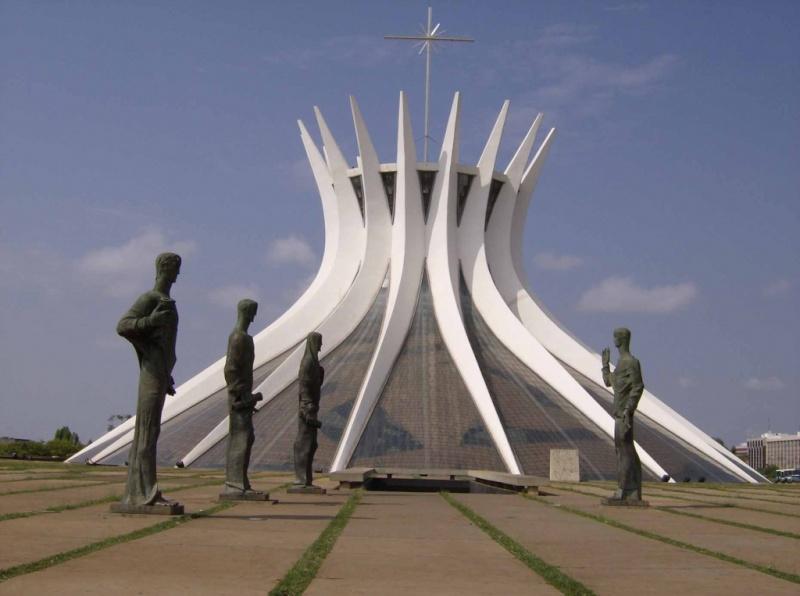 La cathédrale Métropolitaine Notre-Dame de l'Apparition de Brasilia 13033310