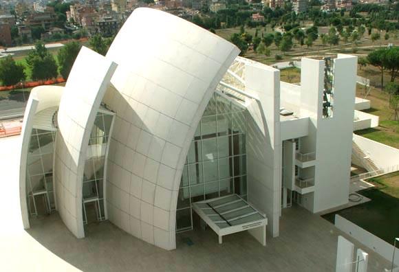 Une église contemporaine à Rome. Igreja10