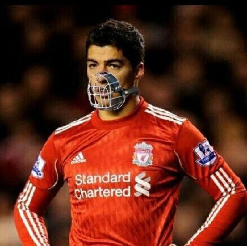 Luis Suarez suspendu................. Luis-s10