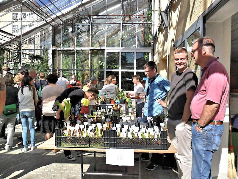 Bourse aux plantes carnivores et atypique 2014- Jardin botanique de Fribourg - Page 2 Fribou21
