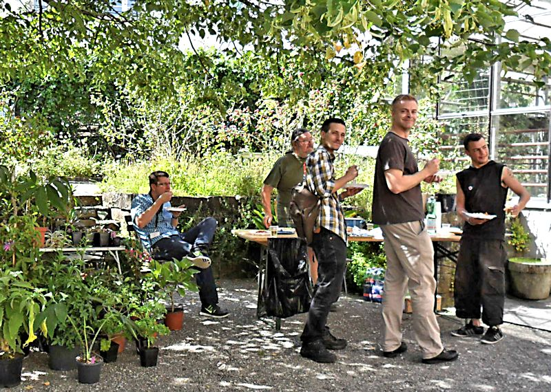 Bourse aux plantes carnivores et atypique 2014- Jardin botanique de Fribourg - Page 2 Fribou26
