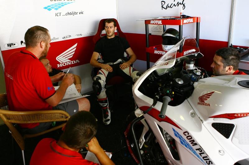 [Pit-Laner en course] Valentin Debise (Moto America SSP) - Page 4 On0e9110