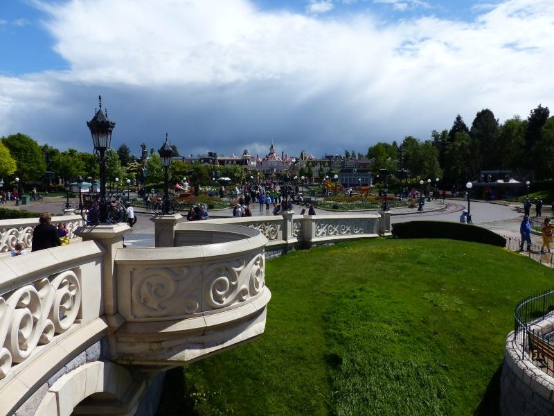 TR super séjour Saison du Printemps à Disneyland Paris - Sequoia Lodge (GFC) - du 13/05/14 au 16/05/14 [Saison 4 en cours - Episode 2 & 3 postés le 14/10/2014 !]   - Page 4 P1020929