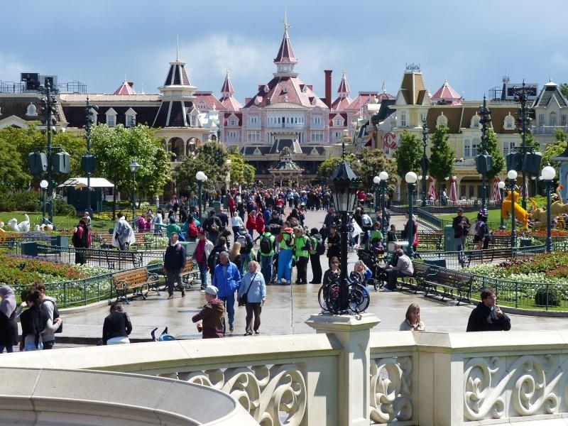 TR super séjour Saison du Printemps à Disneyland Paris - Sequoia Lodge (GFC) - du 13/05/14 au 16/05/14 [Saison 4 en cours - Episode 2 & 3 postés le 14/10/2014 !]   - Page 4 P1020930