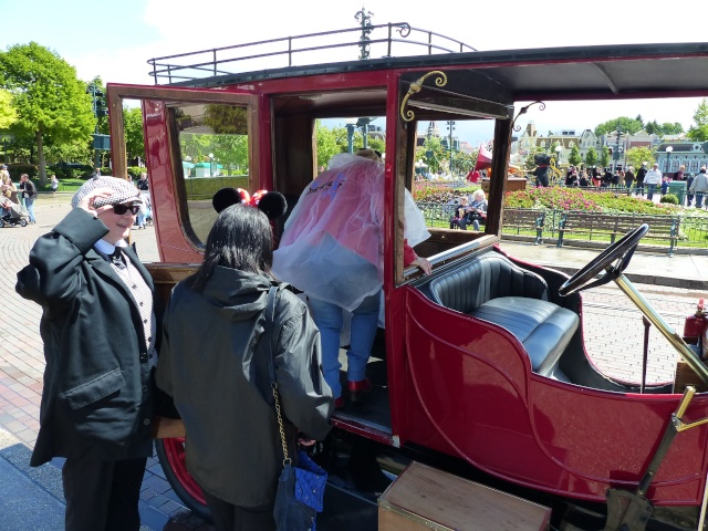 TR super séjour Saison du Printemps à Disneyland Paris - Sequoia Lodge (GFC) - du 13/05/14 au 16/05/14 [Saison 4 en cours - Episode 2 & 3 postés le 14/10/2014 !]   - Page 4 P1020936