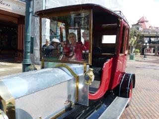 TR super séjour Saison du Printemps à Disneyland Paris - Sequoia Lodge (GFC) - du 13/05/14 au 16/05/14 [Saison 4 en cours - Episode 2 & 3 postés le 14/10/2014 !]   - Page 4 P1020943