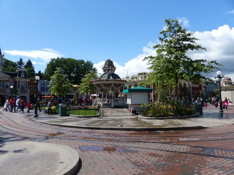 TR super séjour Saison du Printemps à Disneyland Paris - Sequoia Lodge (GFC) - du 13/05/14 au 16/05/14 [Saison 4 en cours - Episode 2 & 3 postés le 14/10/2014 !]   - Page 4 P1020945