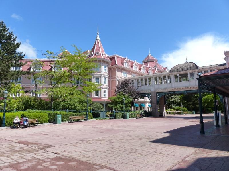 TR super séjour Saison du Printemps à Disneyland Paris - Sequoia Lodge (GFC) - du 13/05/14 au 16/05/14 [Saison 4 en cours - Episode 2 & 3 postés le 14/10/2014 !]   - Page 4 P1020949