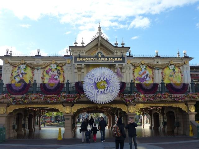 TR super séjour Saison du Printemps à Disneyland Paris - Sequoia Lodge (GFC) - du 13/05/14 au 16/05/14 [Saison 4 en cours - Episode 2 & 3 postés le 14/10/2014 !]   - Page 5 P1020971