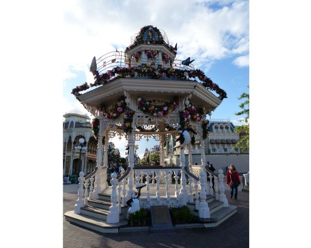 TR super séjour Saison du Printemps à Disneyland Paris - Sequoia Lodge (GFC) - du 13/05/14 au 16/05/14 [Saison 4 en cours - Episode 2 & 3 postés le 14/10/2014 !]   - Page 5 P1020974