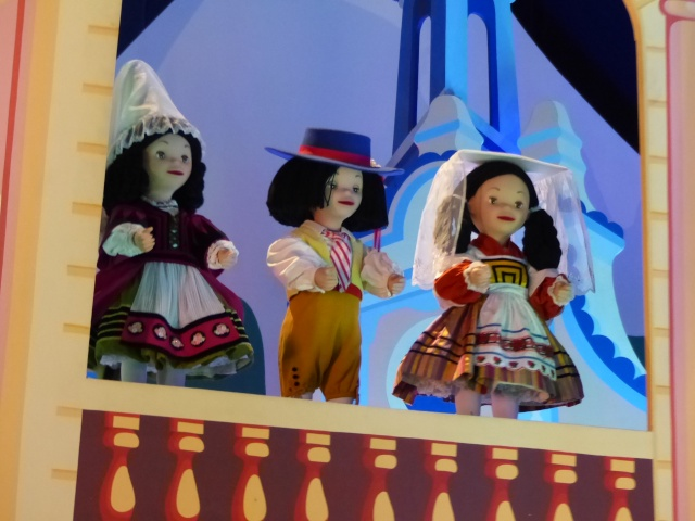 TR super séjour Saison du Printemps à Disneyland Paris - Sequoia Lodge (GFC) - du 13/05/14 au 16/05/14 [Saison 4 en cours - Episode 2 & 3 postés le 14/10/2014 !]   - Page 5 P1030021
