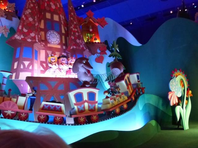 TR super séjour Saison du Printemps à Disneyland Paris - Sequoia Lodge (GFC) - du 13/05/14 au 16/05/14 [Saison 4 en cours - Episode 2 & 3 postés le 14/10/2014 !]   - Page 5 P1030029
