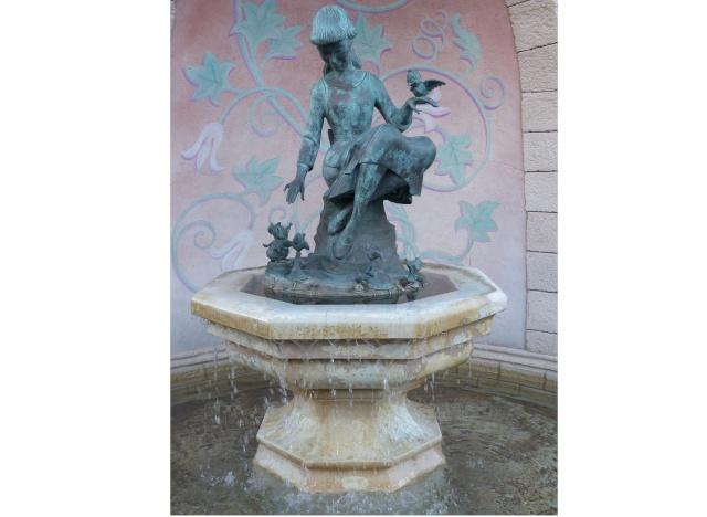 TR super séjour Saison du Printemps à Disneyland Paris - Sequoia Lodge (GFC) - du 13/05/14 au 16/05/14 [Saison 4 en cours - Episode 2 & 3 postés le 14/10/2014 !]   - Page 5 P1030040