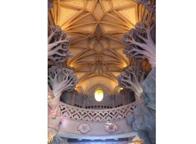TR super séjour Saison du Printemps à Disneyland Paris - Sequoia Lodge (GFC) - du 13/05/14 au 16/05/14 [Saison 4 en cours - Episode 2 & 3 postés le 14/10/2014 !]   - Page 5 P1030041