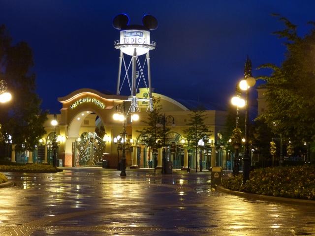 TR super séjour Saison du Printemps à Disneyland Paris - Sequoia Lodge (GFC) - du 13/05/14 au 16/05/14 [Saison 4 en cours - Episode 2 & 3 postés le 14/10/2014 !]   - Page 5 P1030065