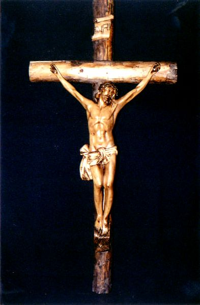 Crucifix Crucif11