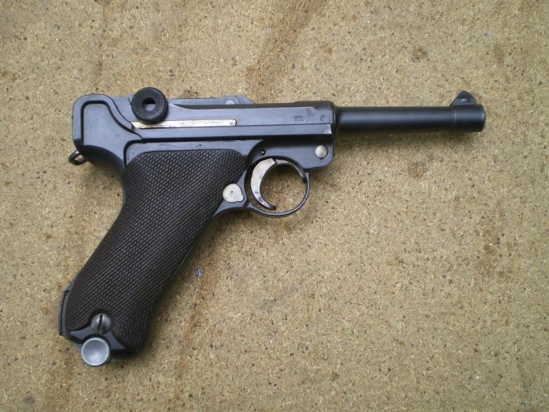 Luger 1934 deuxième variation Imgp0011