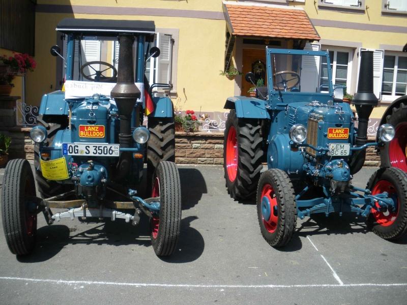 quelques vieux tracteurs LANZ BULLDOG lors d'une brocante à Zilling 2014-020