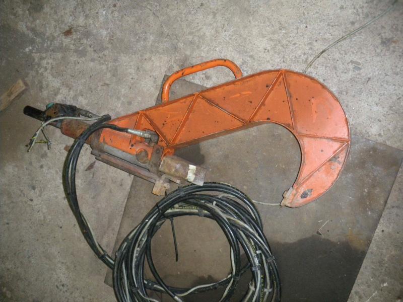 cherche solutions hydraulique pour fendeuse manuelle 2014-035