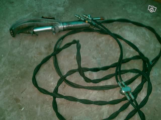 cherche solutions hydraulique pour fendeuse manuelle Fendeu10
