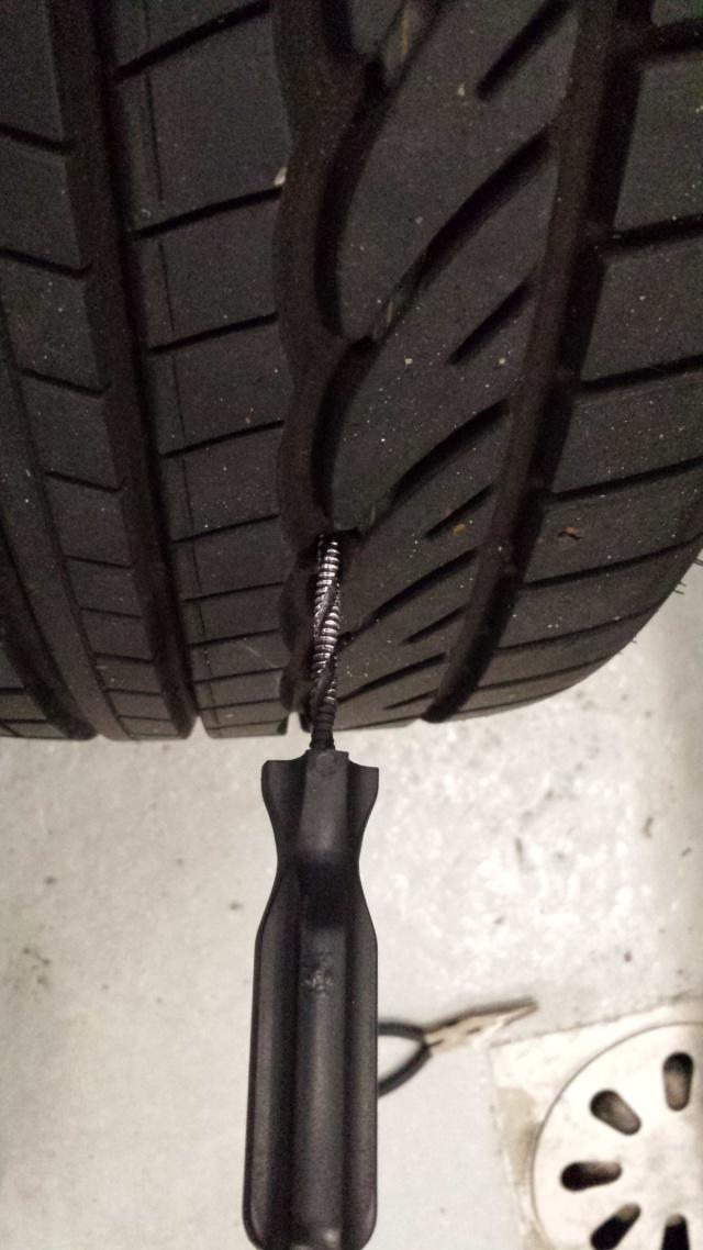 [Tuto] Réparation pneu à l'aide d'une mèche 20140713