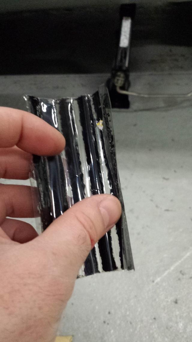 [Tuto] Réparation pneu à l'aide d'une mèche 20140714