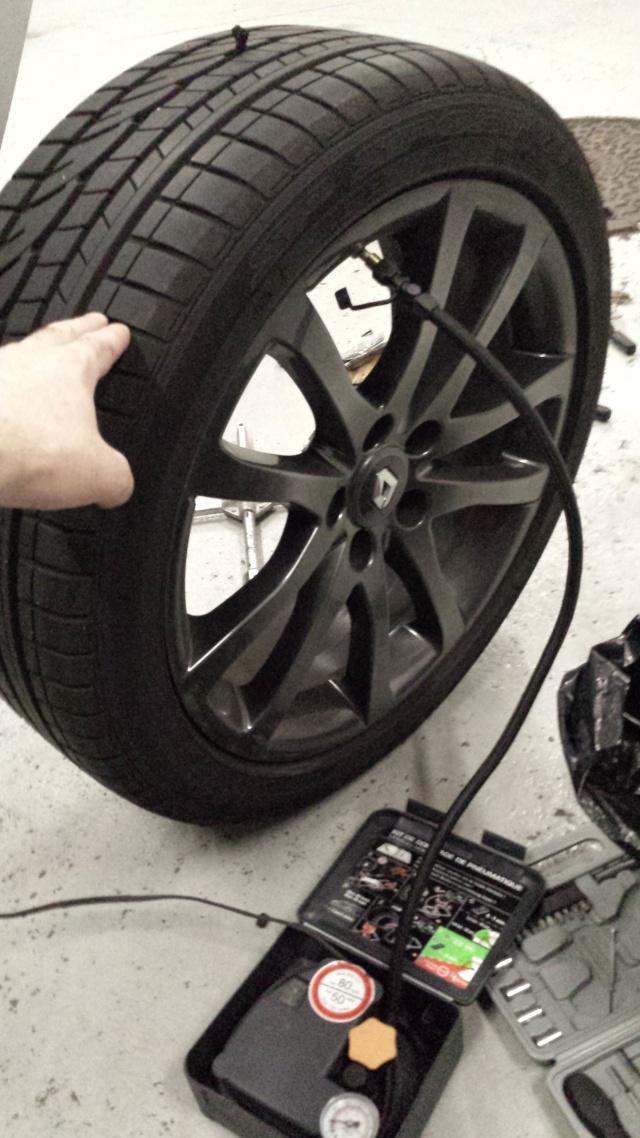 [Tuto] Réparation pneu à l'aide d'une mèche 20140721