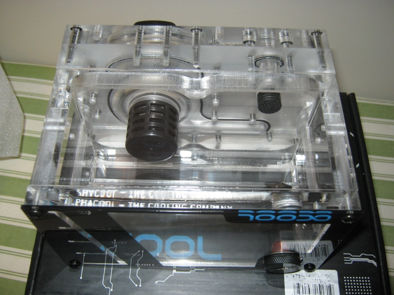 Corsair 760T + Tri-Way Crossfire  R9 290X + 4790K  Watercooler Img_0041
